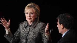 """Hillary Clinton: Scheitern von """"Trumpcare"""" war befriedigend"""