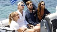 Wo haben sich Manuel Neuer (Mitte) und Kevin Trapp ihren Urlaub verdient?