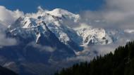 Der Mont Blanc ist der höchste Berg in den Alpen.