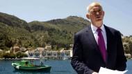 Symbolischer Auftritt: Griechenlands Ministerpräsident Giorgos Papandreou 2010 bei seiner Ansprache auf Kastellorizo.