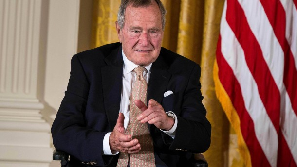Trump nimmt an Staatsbegräbnis für Bush teil