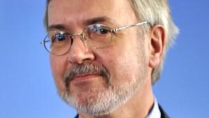 Streit über Nachfolge Hoyers