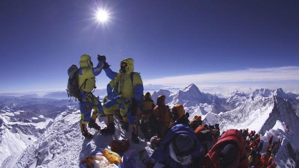 Am Mount Everest geht eine Saison der Rekorde zu Ende