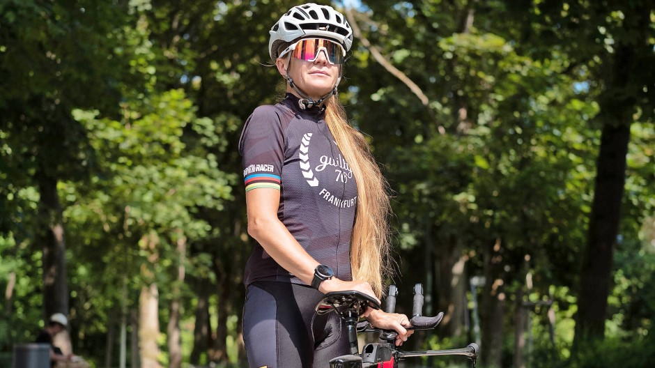 Sie liebt den Wettkampf und die Bewegung: Joanna Tywczynski  im Darmstädter Park Rosenhöhe