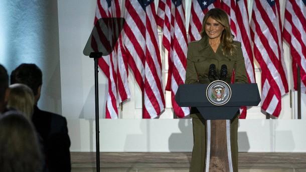 """Melania Trump: """"Donald ist der Beste für unser Land"""""""