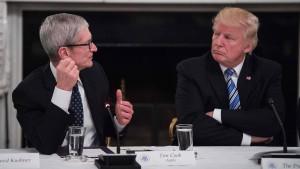 Trump richtet Twitter-Botschaft an Apple