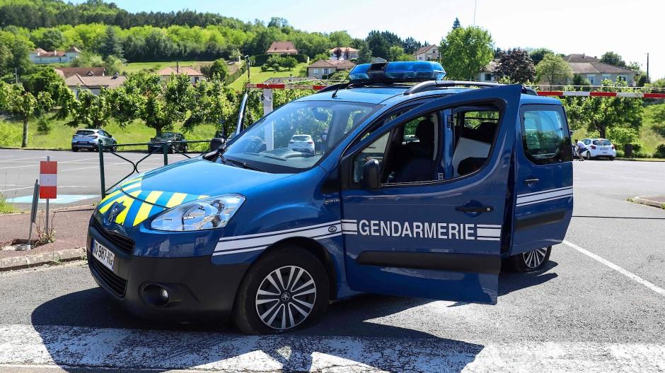 Ein Polizeiauto in der Dordogne (Symbolbild)