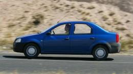 Dacia hinten und Porsche vorn