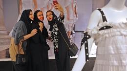 Erste Modewoche Saudi-Arabiens unterliegt strengen Auflagen