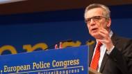 De Maizière wirbt für Ein- und Ausreiseregister in der EU