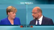 Kanzlerin Angela Merkel reagierte verärgert auf Martin Schulz' Vorstoß, die EU-Beitrittsverhandlungen mit der Türkei beenden zu wollen.