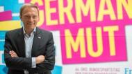 FDP-Chef Lindner will Millionen-Nothilfe von der Basis