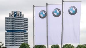 Autoindustrie sieht Geschäft einbrechen
