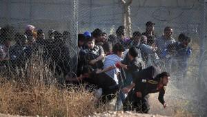 Brok warnt vor Aussetzen des Flüchtlingsabkommens mit Türkei