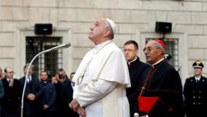 Der Papst und die Frauen im Gottesdienst