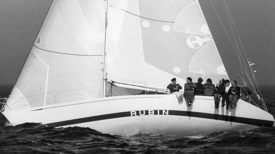 Die Hochseeyacht Rubin 1985 in der Nordsee.