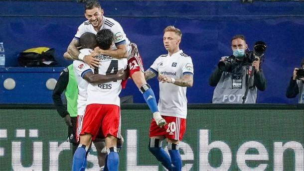 Erlösung für den HSV in der Nachspielzeit
