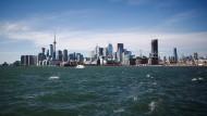 """Toronto vom Wasser aus betrachtet - auf der Seite will Google die """"smart City"""" bauen."""