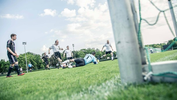 FC Bundestag gegen ZSKA Duma