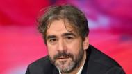 Bundesregierung fordert Freilassung Deniz Yücels