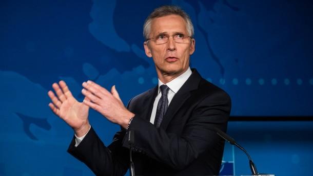 Nato-Generalsekretär will trotz Wirtschaftskrise hohe Militärausgaben