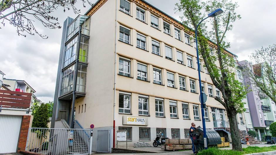 Im Starthaus an der Pirazzistraße in Offenbach wird im August die neue Marie-Bloch-Schule für Erzieherinnen und Erzieher eröffnet.