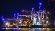 """Hier kostenfrei, aber nicht auf Instagram: Ausblick über den """"Blue Port"""""""