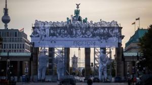 Seehofer beantragt kurzfristig 61 Millionen Euro für Einheitsfeiern