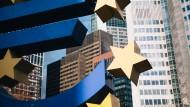 Das Euro-Symbol vor der europäischen Zentralbank in Frankfurt.