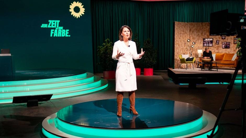Annalena Baerbock am Freitag während ihrer Rede auf dem Parteitag