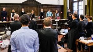 Große Anspannung im Gerichtsaal