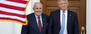 Donald Trump und Rudy Giuliani bei einem Treffen in Trumps Golfclub im November