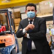 Arbeitsminister Hubert Heils (SPD) zu Besuch bei einem Ausstellungsbauer
