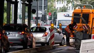 Handwerksbetriebe leiden unter deutschen Straßen