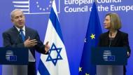 """""""Grundlage für Frieden ist, die Realität anzuerkennen"""": Benjamin Netanjahu mit der EU-Außenbeauftragten Federica Mogherini in Brüssel"""