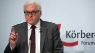 """Europa befinde sich in einer """"schwierigen, geradezu verteufelten Lage"""" und müsse in den kommenden Monaten unbedingt """"verantwortungsvolle Außenpolitik"""" betreiben: Außenminister Steinmeier beim Berliner Forum Außenpolitik der Körber-Stiftung"""
