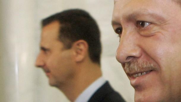 Erdogan ruft Staatengemeinschaft zu Geschlossenheit gegen Assad auf