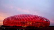 Allianz-Arena in München: Laut Stresstest sind die großen Versicherer gut aufgestellt