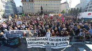 Protest gegen Pegida in Dresden