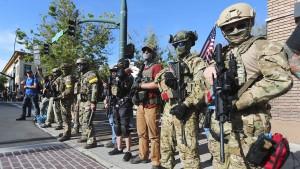 Bidens Vorsprung beflügelt Aktien von Waffenherstellern
