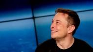 Elon Musk hat sein Versprechen gehalten: Tesla schreibt schwarze Zahlen.