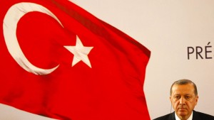 Erdogan stellt Strafantrag gegen Böhmermann wegen Beleidigung