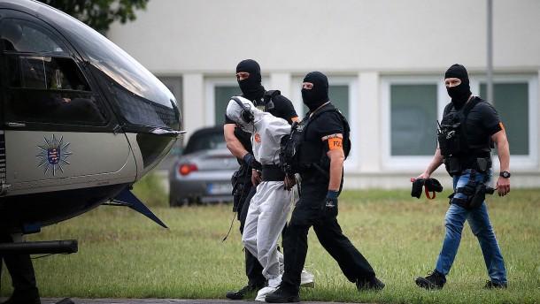 Bundespolizei zieht Vergleich zur Auslieferung eines KZ-Wärters