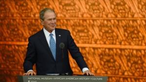 George W. Bush enthält sich