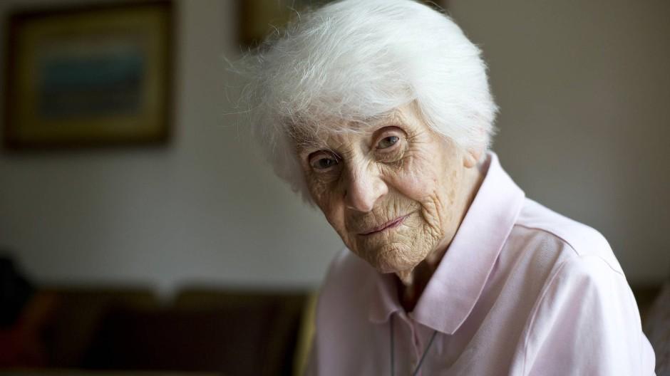 Wahres Leben: Rapoport 2015; sie starb zwei Jahre später.
