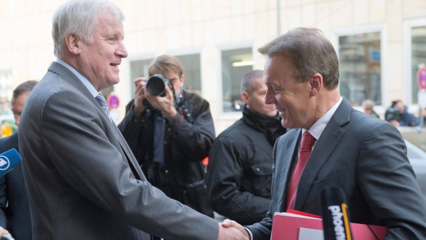 CDU und CSU streiten nun auch über Volksentscheide