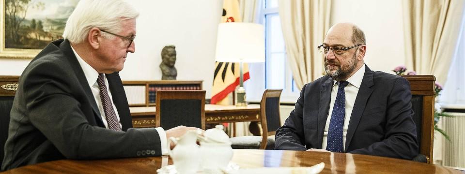 Ins Gewissen geredet: Martin Schulz am Donnerstag im Büro des Bundespräsidenten.