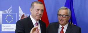 Kommissionschef Juncker begrüßt den türkischen Präsidenten Erdogan in Brüssel (Archivbild).