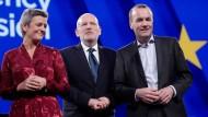 Kandidieren für das Amt des EU-Kommissionspräsidenten: Margrethe Vestager, Frans Timmermans und Manfred Weber (v. l. n. r.)