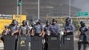 Wieder Straßenschlachten in Brasilien